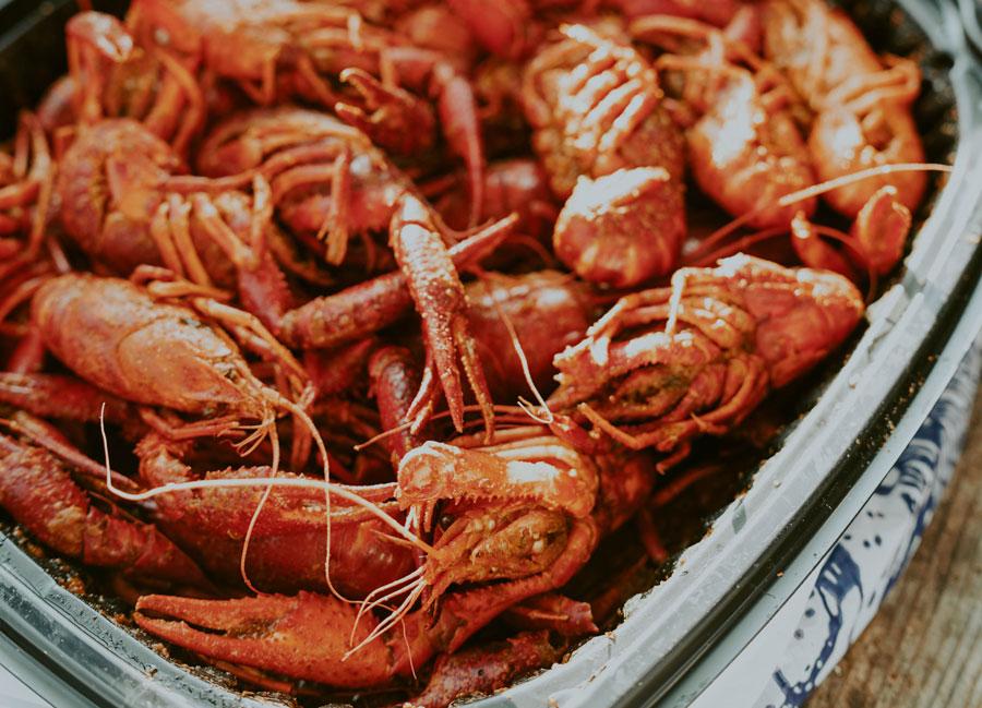 cook delicious crawfish